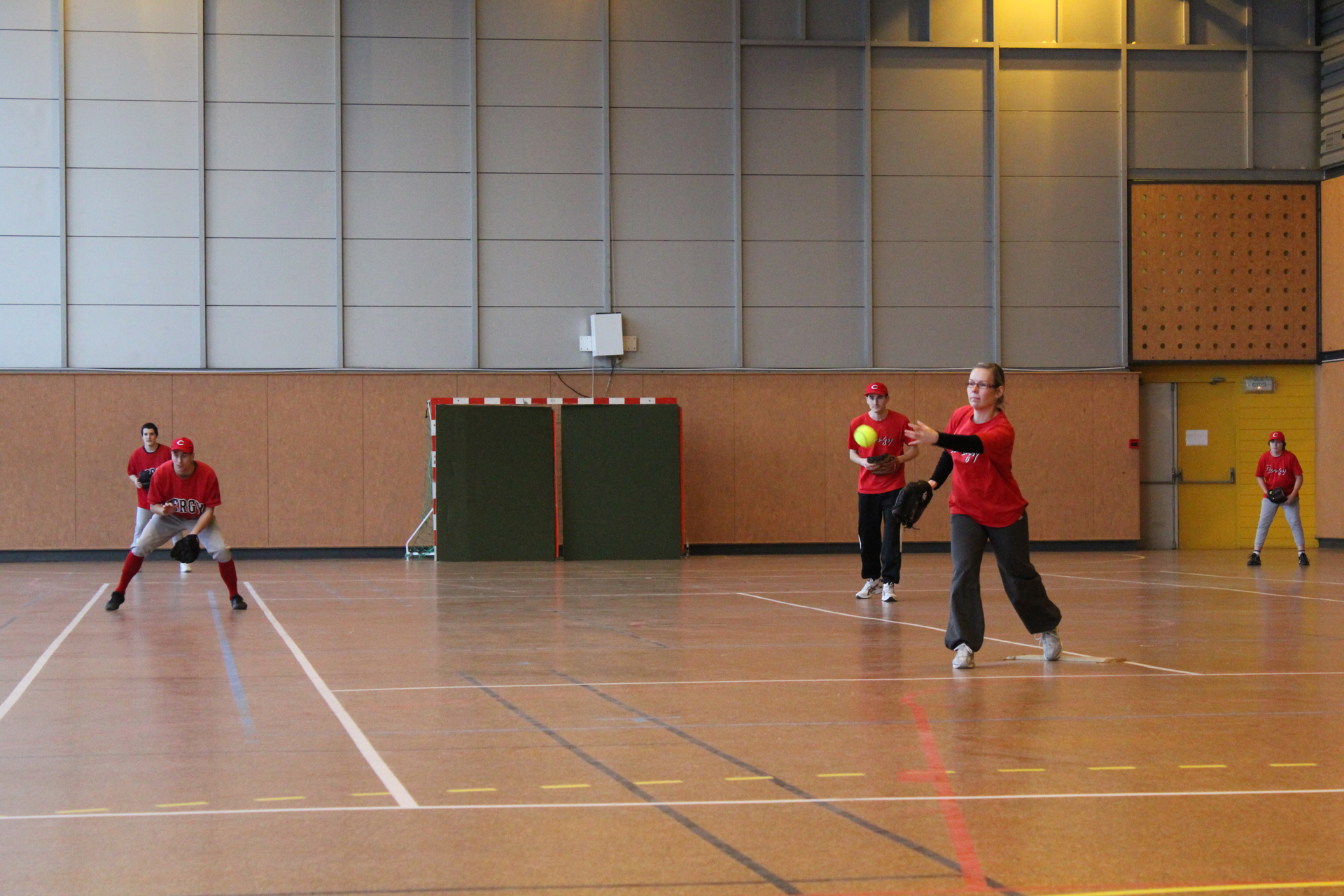 2011-02-06 Soft Mixte Indoor a Cergy (28)-resize