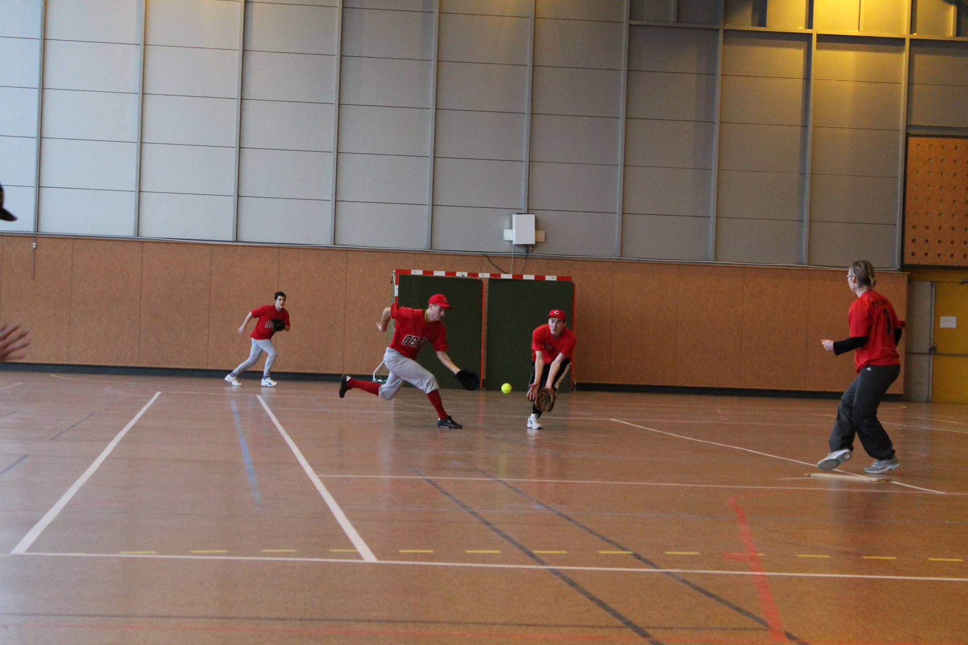 2011-02-06 Soft Mixte Indoor a Cergy (30)-resize