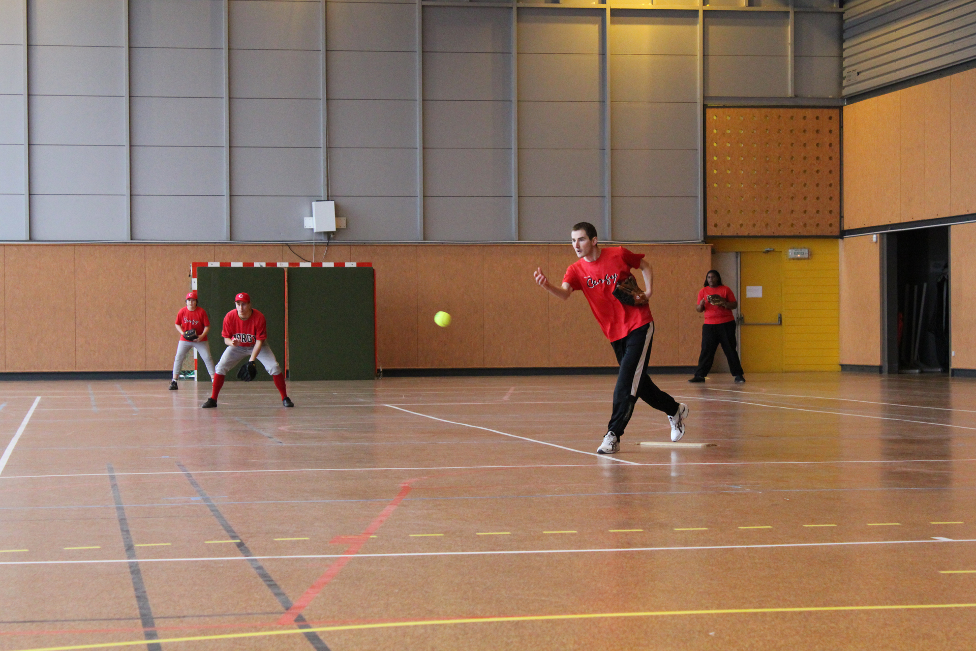 2011-02-06 Soft Mixte Indoor a Cergy (8)-resize