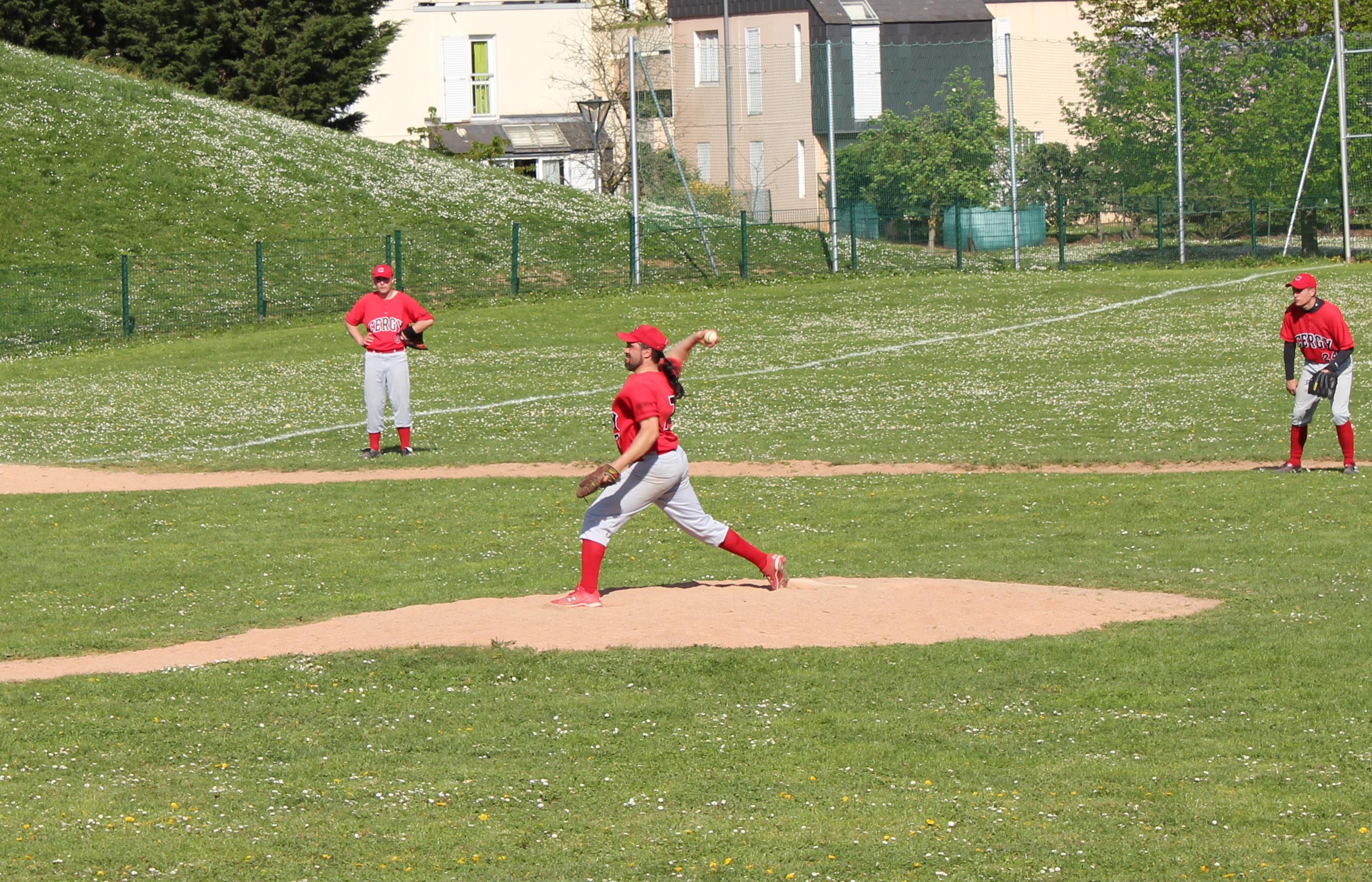 2011-04-10 - Baseball vs PUC 3 a Cergy (23)