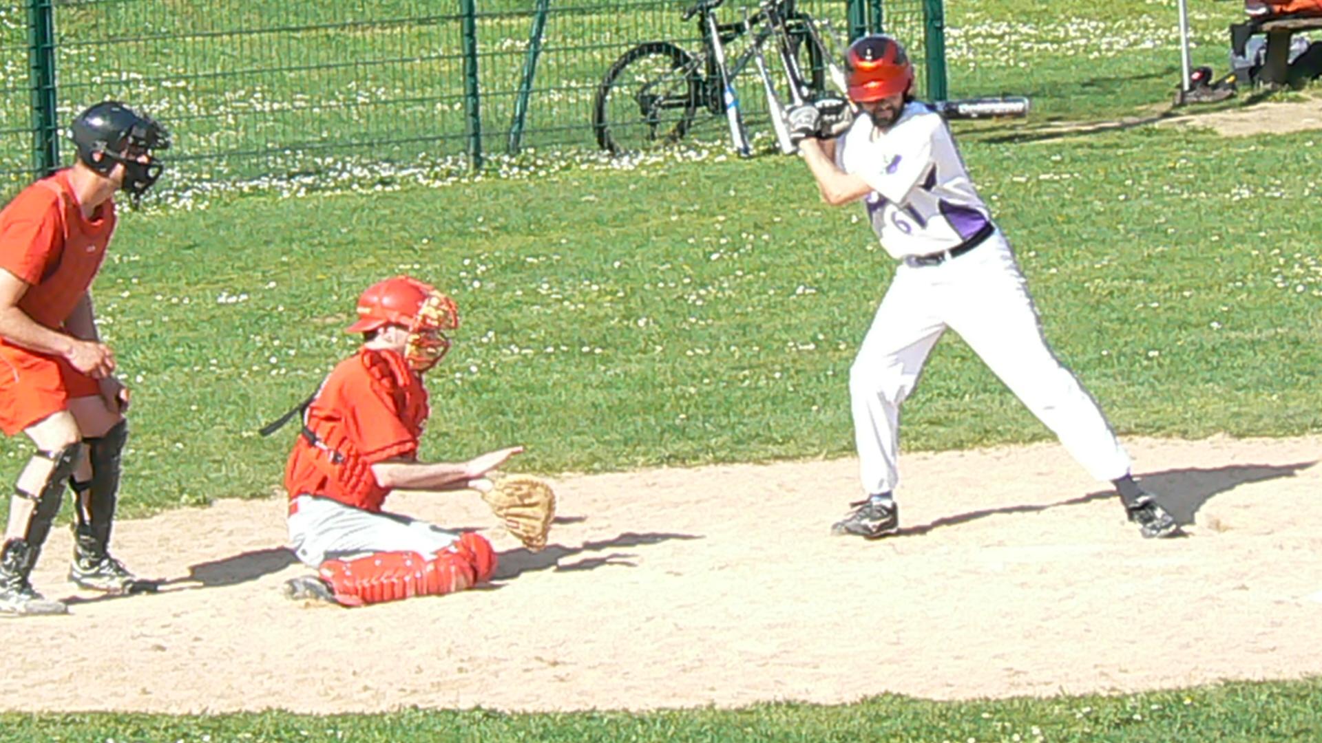 2011-04-10 - Baseball vs PUC 3 a Cergy (53)